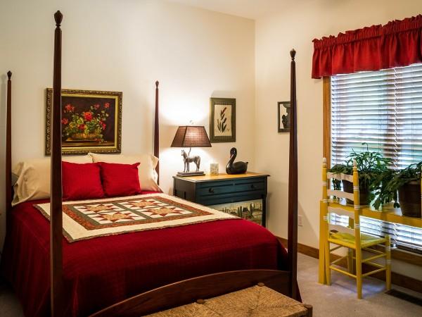 bedroom-382152_1280